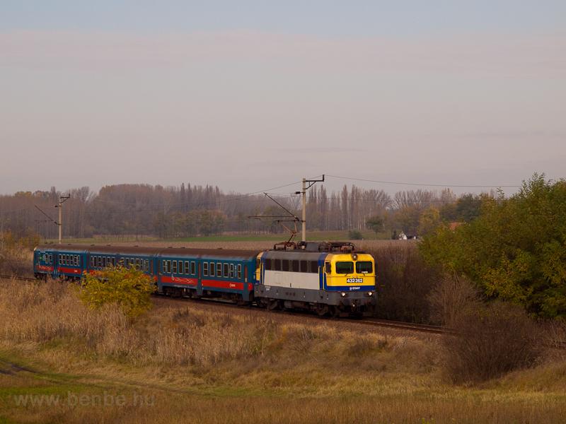 A MÁV-START 432 262 Hatvan  fotó