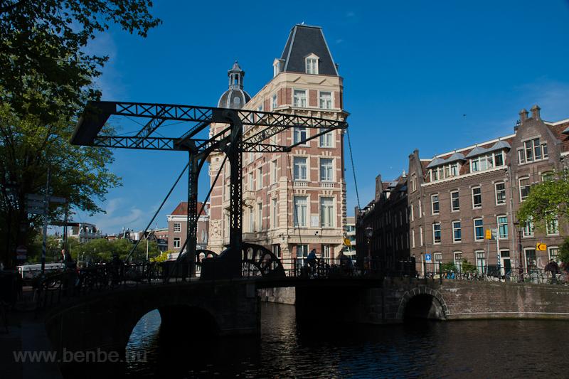 Az Aluminiumbrug felvonóhíd Amszterdamban  fotó