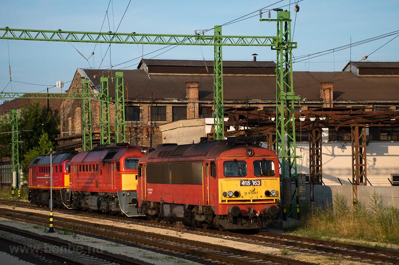 A MÁV 418 163 pályaszámú Csörgője Székesfehérvárott  fotó