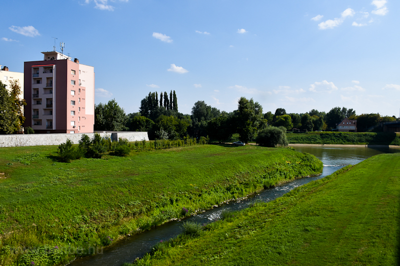 A Tisza alacsony vízállásának köszönhetően láthatóak a Zagyva-vízesések  fotó