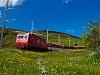 MGB mozdonyos személyvonat a HGe 4/4 II 108-cal Nätschen és Andermatt között