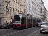 Hosszú ULF villamos Bécsben az O vonalon