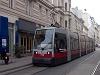 Hosszú ULF a 49-es vonalon Bécsben