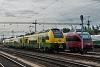 A GYSEV 4744 304-8 pályaszámú Ventus/CityJet/Desiro ML motorvonata és az ÖBB 4124 023-5 pályaszámú Talentje Sopronban