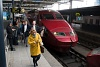 The cover of the Scharfenberg coupler did not open so passengers are disembarked from a Thalys PBA set No. 4535 at Bruxelles Midi / Brussels Zuid