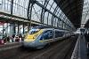 Az Eurostar 4030 pályaszámú Velaro motorvonata Amsterdam Centraal állomáson