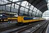 Az NS 4206 pályaszámú Koploper IC-motorvonata Amszterdamban