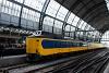 A 4206 pályaszámú NS Koploper motorvonat Amszterdamban