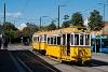 A BKV Budapest 2806 pályaszámú, favázas villamosa fotósmeneten a Széll Kálmán téren  az 5884-es pótkocsival