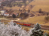 A MÁV-START 117 343 <q>Retró</q> Bzmot motorkocsi Nógrád és Diósjenő között