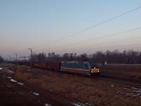 A MÁV-START 480 024 Rácalmás és Dunaújváros között egy szénszállító tehervonattal