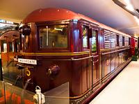 A Metropolitan Line Kandó-rokon második generációs villanymozdonya a londoni Tömegközlekedési Múzeumban