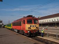418 309 GYSEV Schlieren kocsikkal Győrben