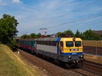 V43 2000