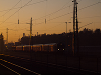 A push-pull train arriving at Kőbánya-Kispest