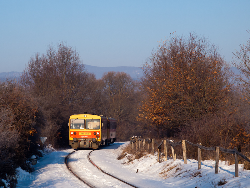 The MÁV-START 117 243 seen between Szokolya and Berkenye photo