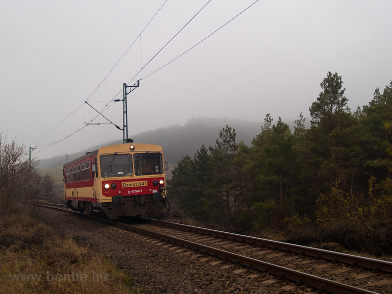 The Bzmot 341 between Vácrátót and Kisnémedi photo