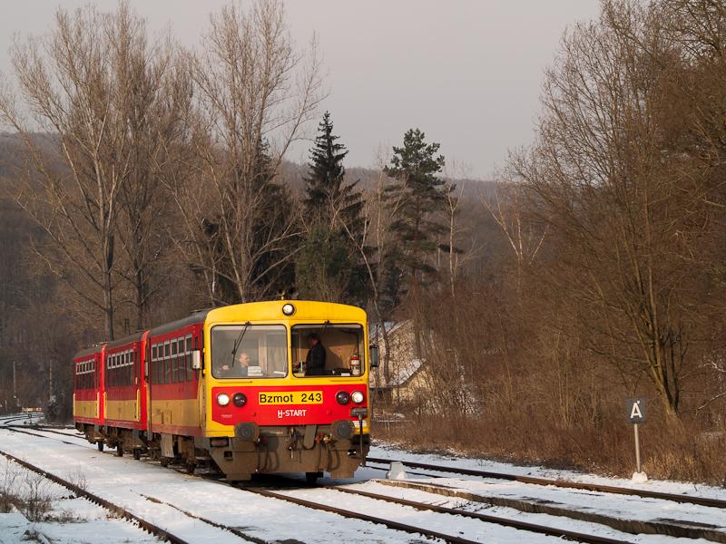 Bzmot 243 Szokolyán fotó