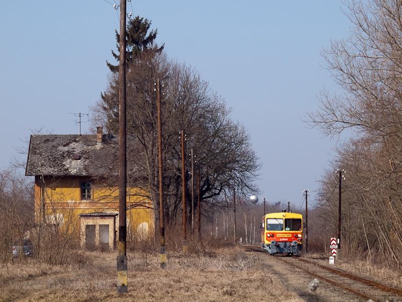 A Bzmot 344 a régi Őrhalom állomáson fotó