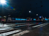 BDVmot motorvonatok gy�lekeznek V�cott kora hajnalban