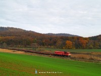 The M62 108 pulling his stone train towards P�sp�khatvan