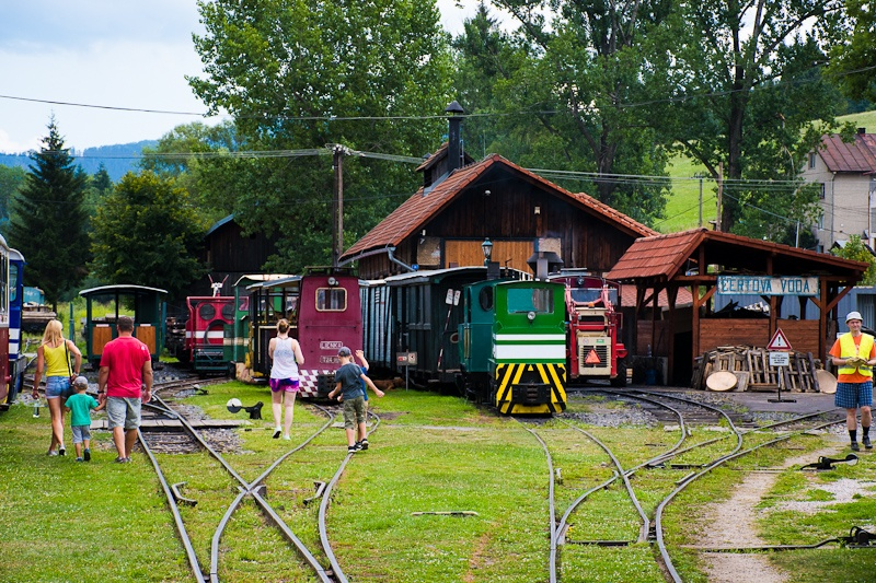 Small locomotives at Č photo