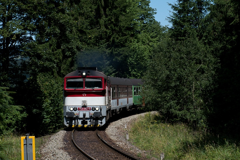 The ŽSSK 754 082-6 seen between Turček and Kremnické Bane photo