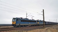 The V63 021 pulling an empty ore train with an additional V43 near Karácsond