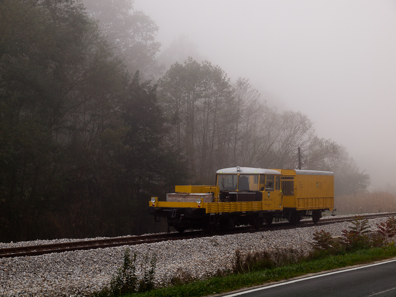 A track maintenance vehicle photo