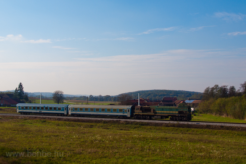 The IC Citadella hauled by  photo