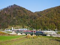 A SŽ 312 Desiro motorvonatok csatolva Laško és Celje között