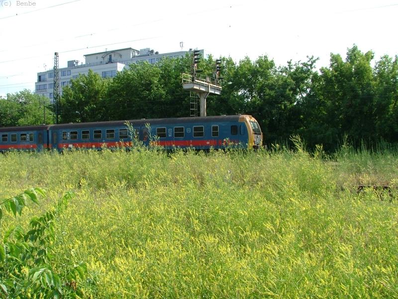 A BDt 424 pályaszámú vezérlõkocsi Városligeti elágazásnál fotó