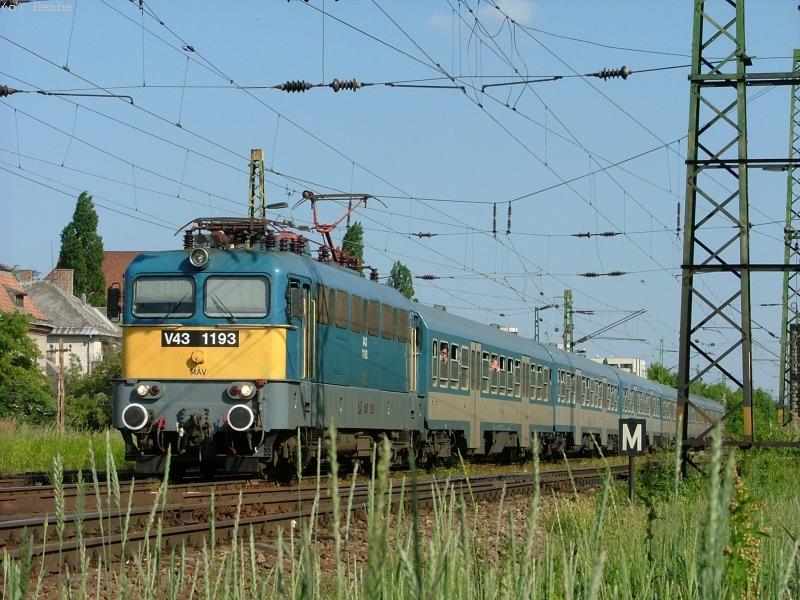 MÁV V43 1193 Városligeti elágazásnál fotó
