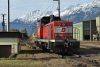 2068 007-0 a Hall in Tirol-i gurítódombról jár le éppen a vágányféken keresztül