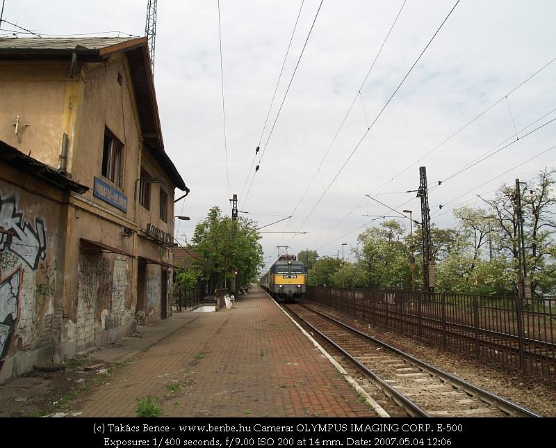 V43 1015 a romos Budafok-Belváros megállóhelyen fotó