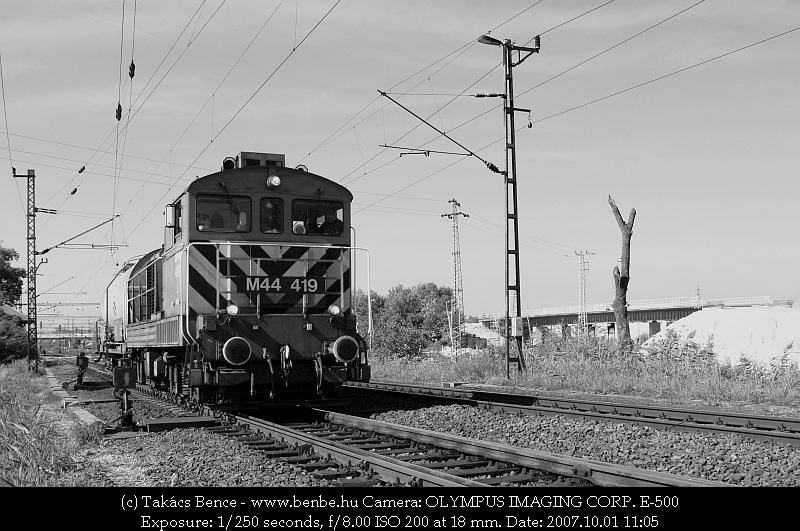 M44 419 kijár Nagytétény-Diósdról fotó