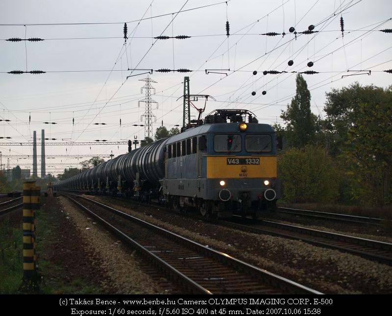 V43 1332 Ferencváros elõtt fotó