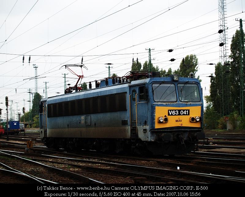 V63 041 Ferencvárosban fotó