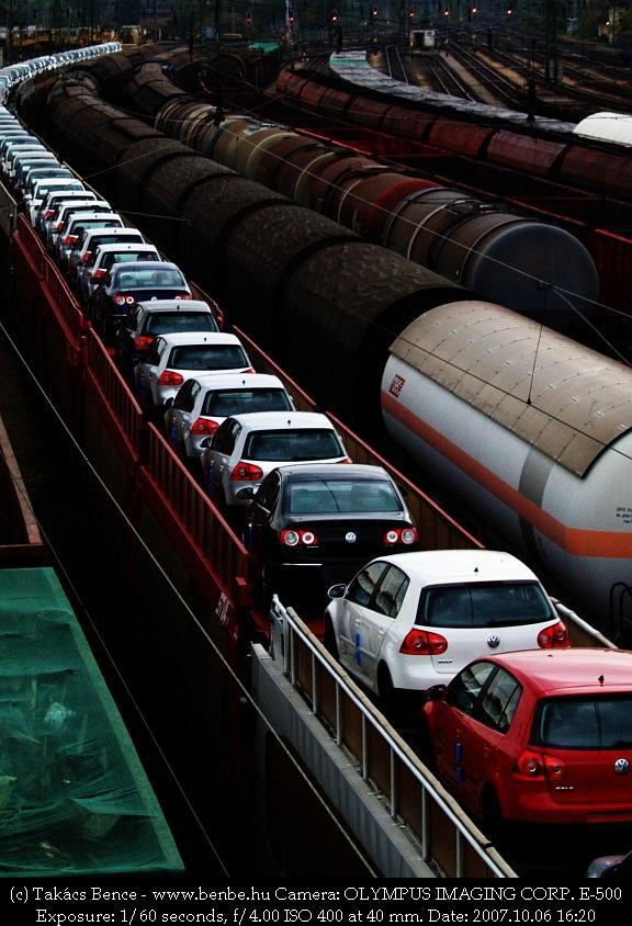 Autószállító vonat fotó