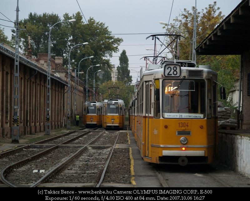 ICS villamosok Ferencváros kocsiszínben fotó