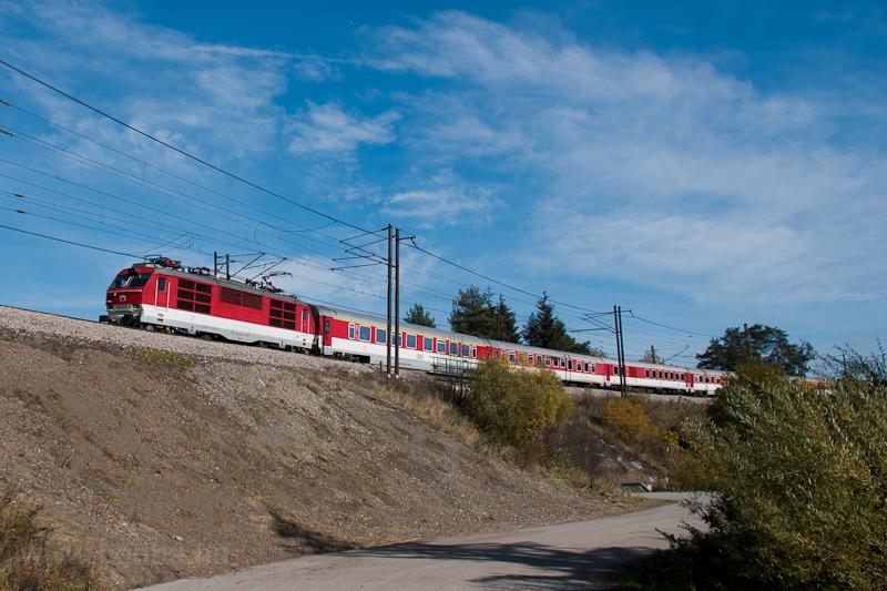 A ŽSSK 350  017-0 Csor fotó