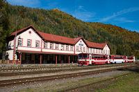 A ŽSSK 812 032-5 Zólyombrézó állomáson