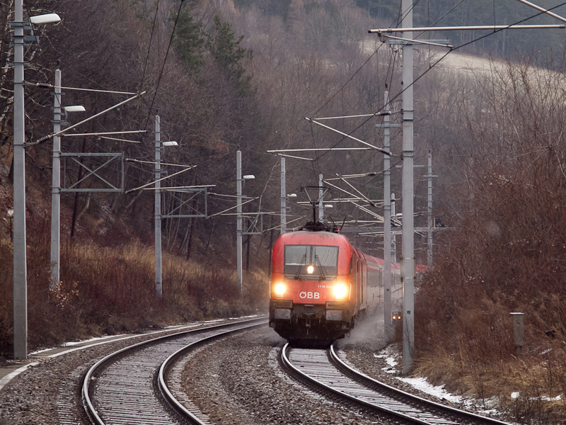 The ÖBB 1116 235 seen betwe photo