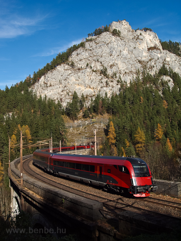 A railjet seen on the Kalte picture