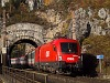 The ÖBB 1016 018 seen between Wolfsbergkogel and Breitenstein in the Kleines Krausel-Tunnel
