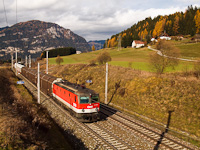The ÖBB 1044 034 seen between Scheifling in Steiermark and Mariahof-St. Lambrecht