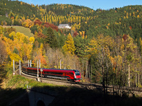 An ÖBB railjet trainset is seen between Klamm-Schottwien and Breitenstein