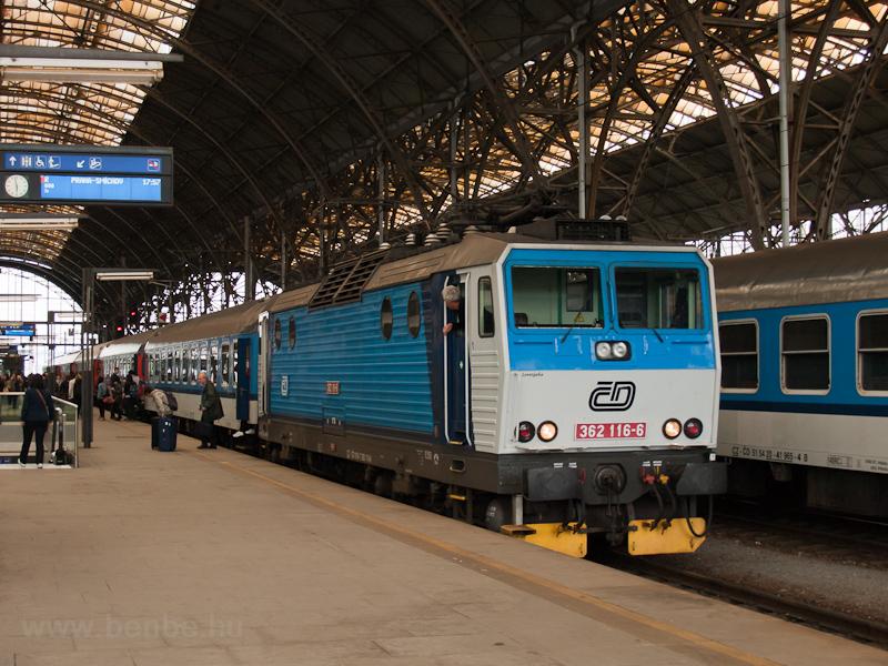 A ČD 362 116-6 Praha hlavní nádražín fotó