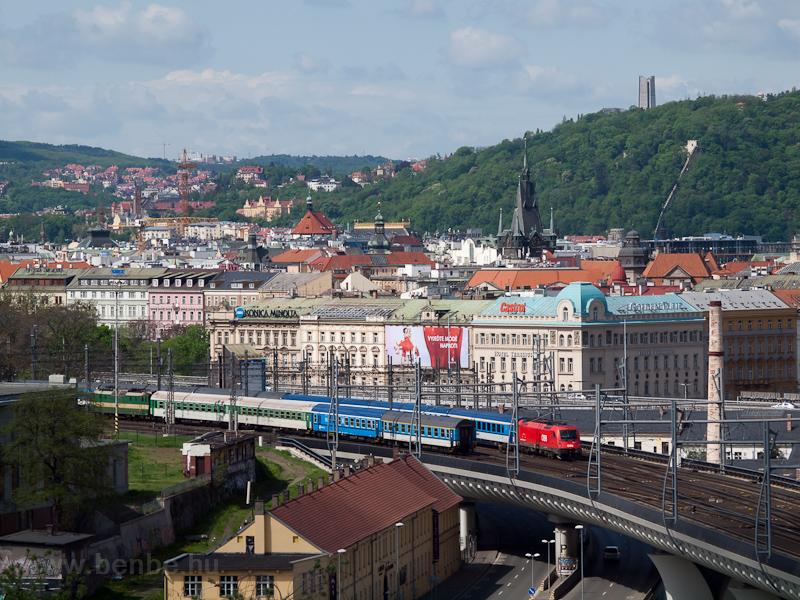 Az ÖBB 1216 239 Praha hlavn fotó