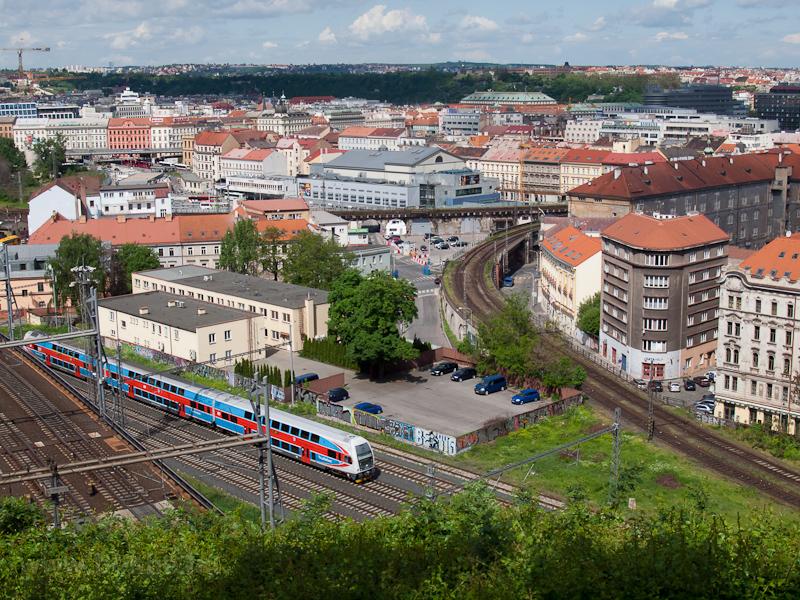 Ismeretlen CityElefant indul Praha Masarykovo nádražíról Kolín felé fotó
